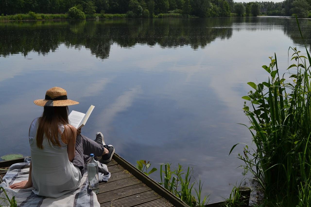 Girl Reading, Lake